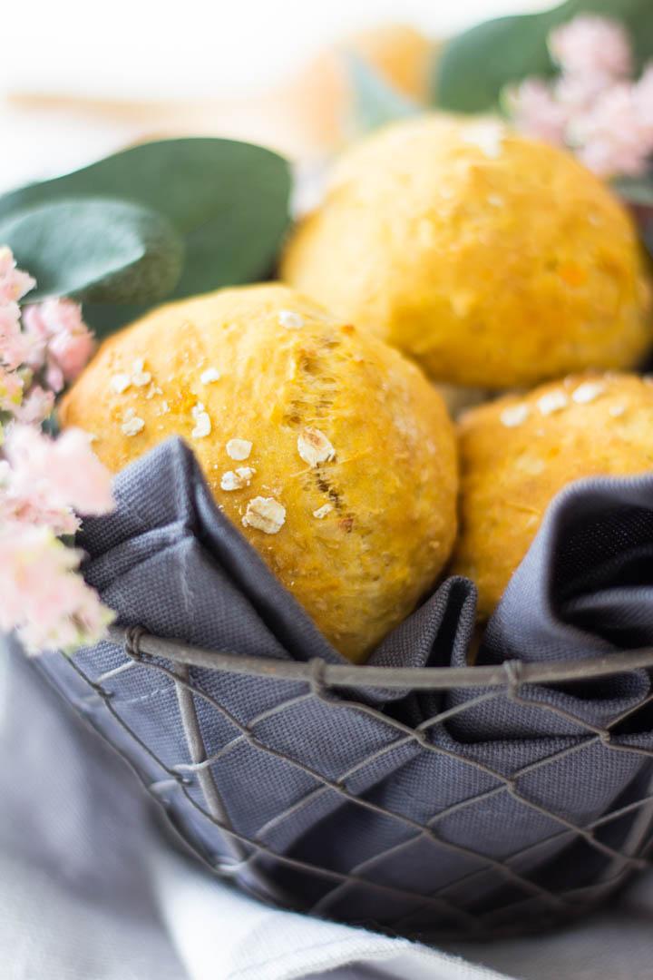 Süßkartoffelbrötchen mit Apfel - gesunde Frühstücksidee - Lieblingszwei.de