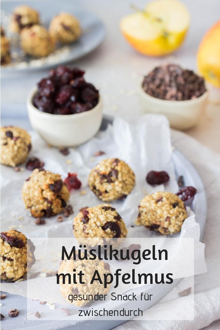 Müslikugeln - gesunder und leckerer Snack für Kinder. Schnelle Idee für die Brotdose / Lunchbox. Haferflockenbällchen mit nur 4 Zutaten. Lieblingszwei.de