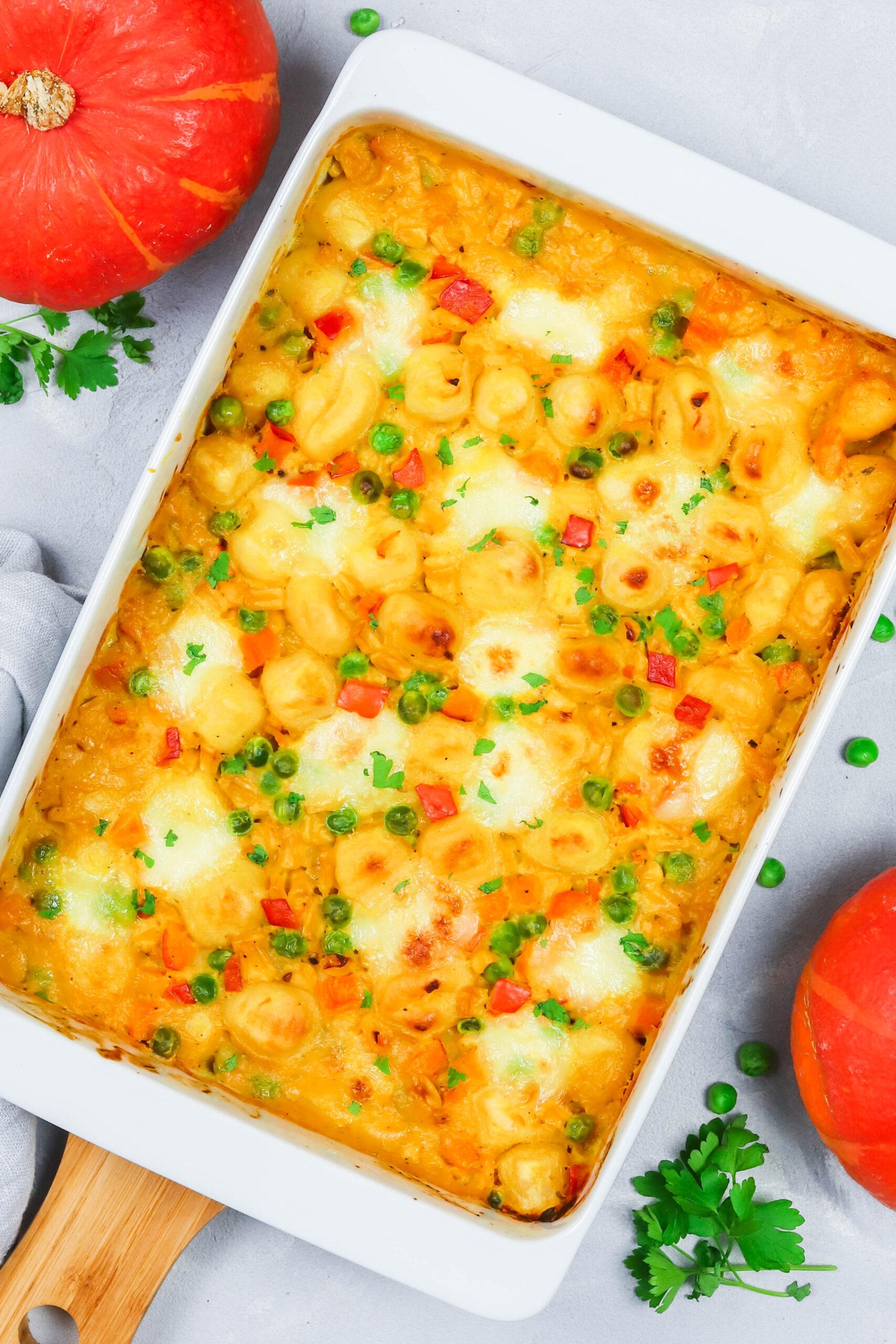Herbstliches Soulfood: Gnocchi mit Kürbis, Erbsen und Mais - schmeckt der ganzen Familie.