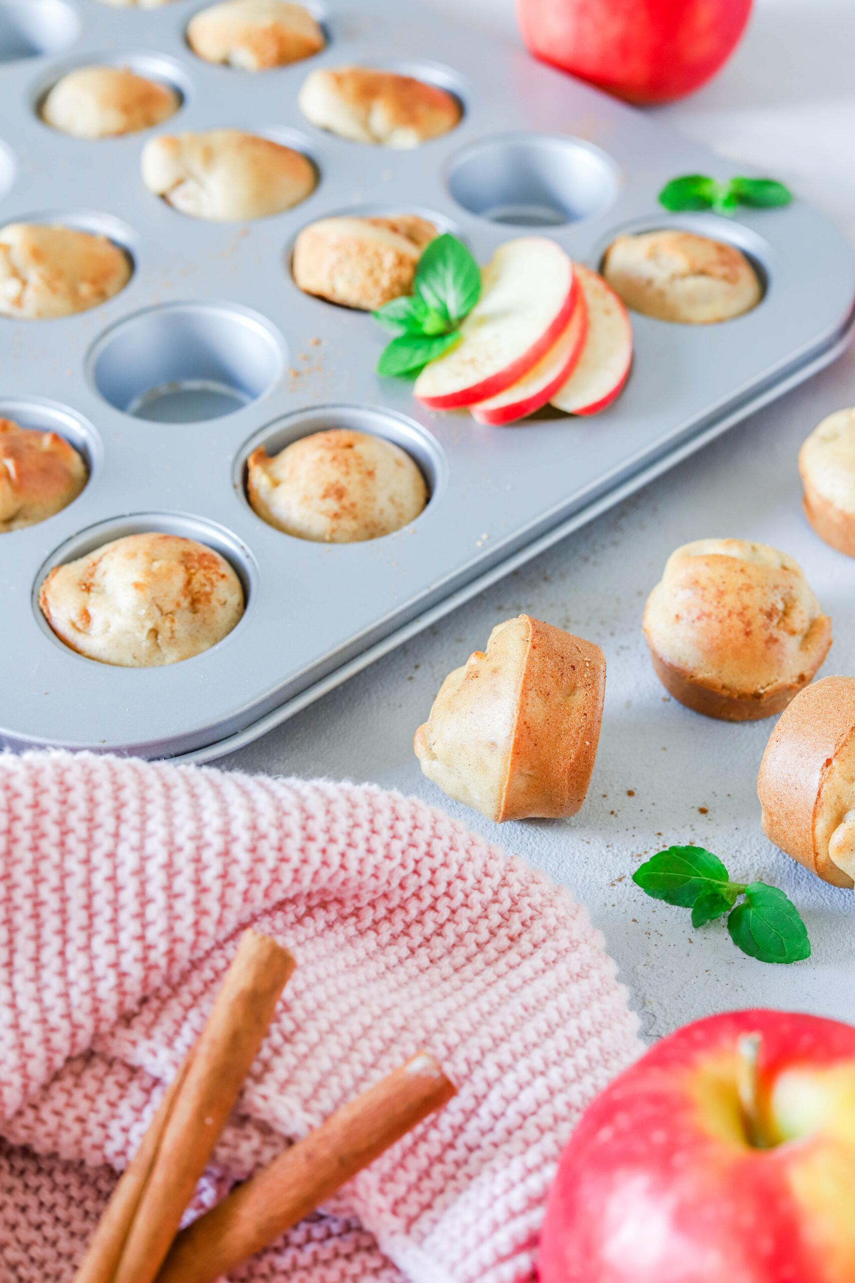 Mini Muffins mit Apfel & Zimt - gesunder Snack
