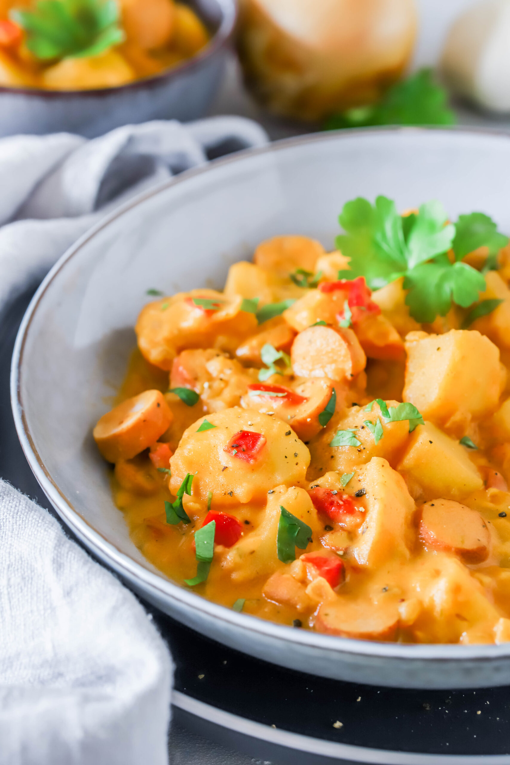 Familienessen & Soulfood: Kartoffeleintopf mit Würstchen