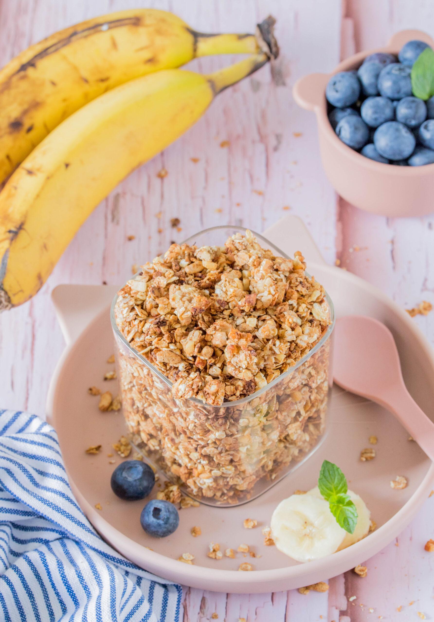 Bananen Granola - Müsli für Kinder ganz einfach selbst gemacht.
