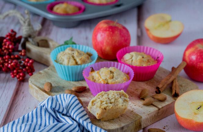 Apfel-Nuss Muffins - herbstlicher Snack
